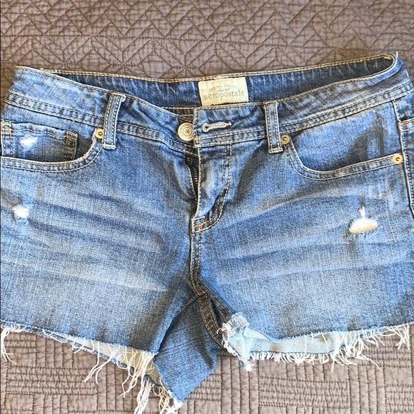 NWT Beige AEROPOSTALE Short Shorts Distressed Size 1//2